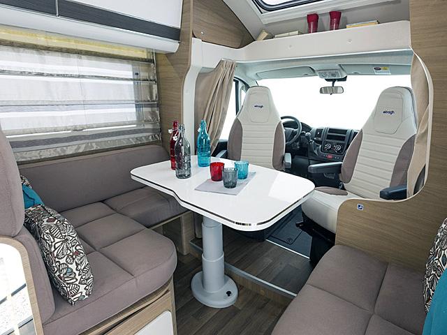 porto wohnmobile mieten rent a camper. Black Bedroom Furniture Sets. Home Design Ideas