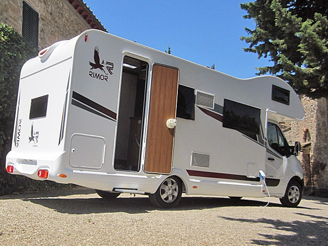 zagreb wohnmobile mieten in kroatien rent a camper. Black Bedroom Furniture Sets. Home Design Ideas